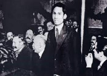 Hồ Chí Minh chân dung một con người