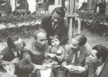 Hồ Chí Minh trong lòng nhân dân Pháp phần 2
