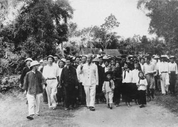 Ngôi sao Việt Nam - Hồ Chí Minh - phần 2